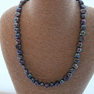 Lush Peacock Grey Pearl Necklace