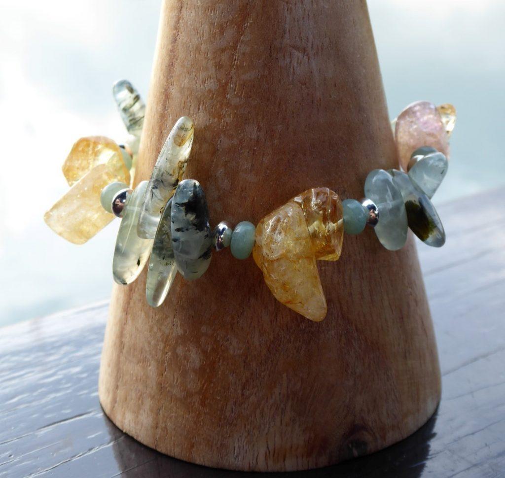 Handmade bracelet Chips Citrine, Prehnite, Aventurine.