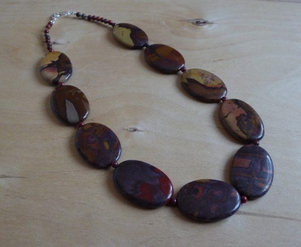 Necklace autumn colours oval jasper, silver clasp.