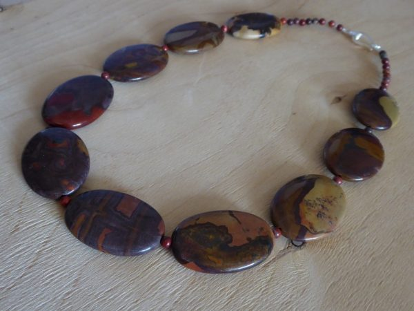 Necklace autumn jasper ovals in browns, reds.